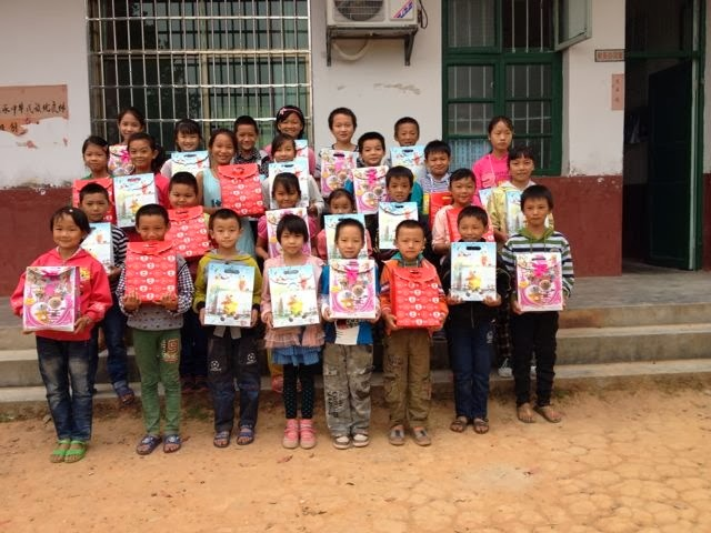 新洲学校孩子们的笑脸 (8)