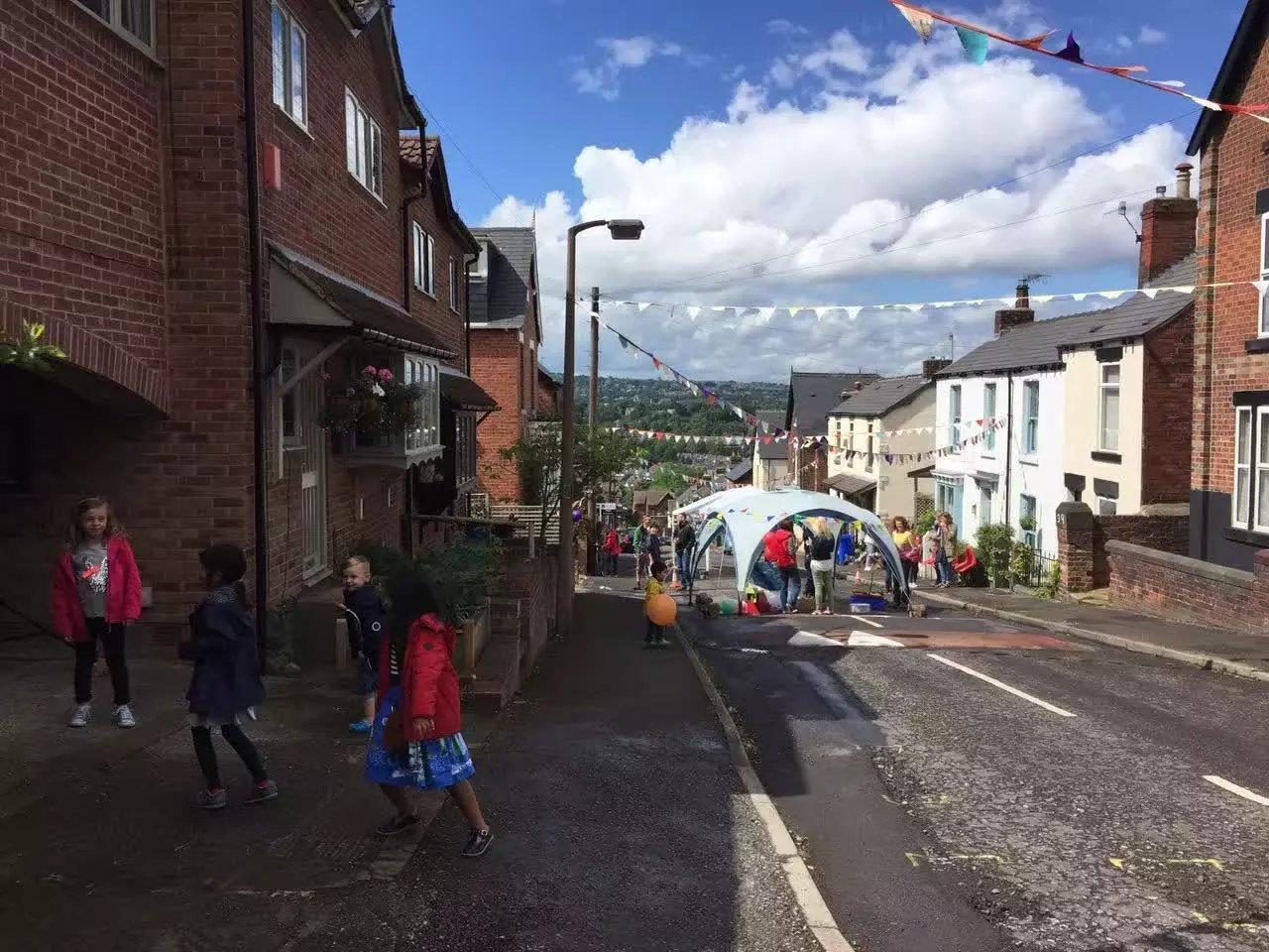 street-party-meersbrook-2